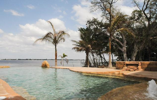 The Aquarius- Your very own private oasis - Image 1 - Fort Myers - rentals