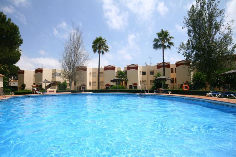 1822 - 2 bed apt, Club Cronte, Riviera del Sol - Image 1 - Mijas - rentals