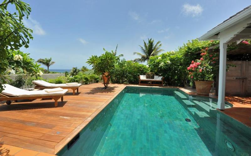 La Belle Epoque - Ideal for Couples and Families, Beautiful Pool and Beach - Image 1 - Marigot - rentals