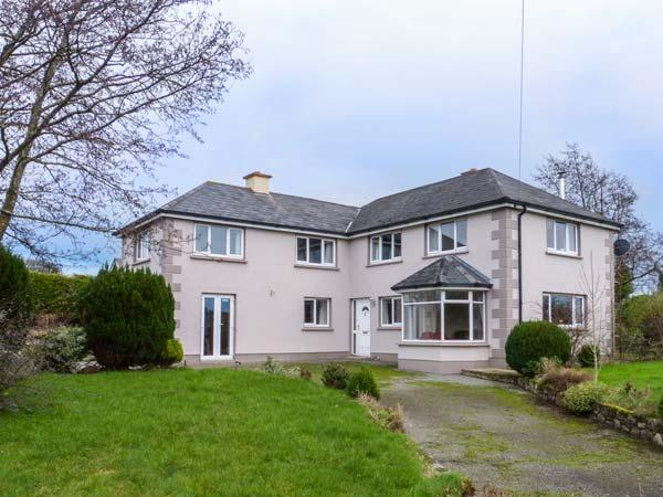 ALDERBROOK HOUSE, detached, en-suites, pet-friendly, open fire, Enniscorthy, Ref 926822 - Image 1 - Enniscorthy - rentals