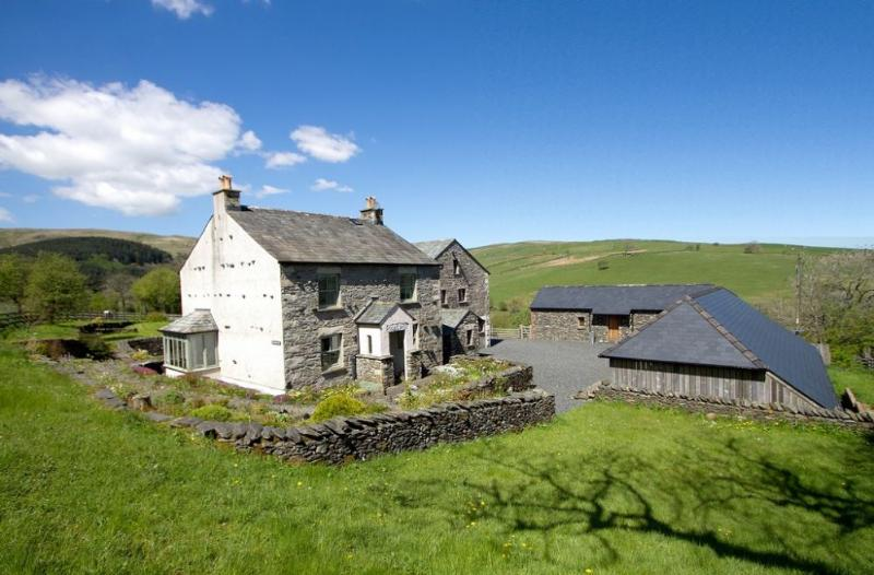 BRETHERDALE HALL AND BARN (Sauna), Greenholme - Image 1 - Tebay - rentals