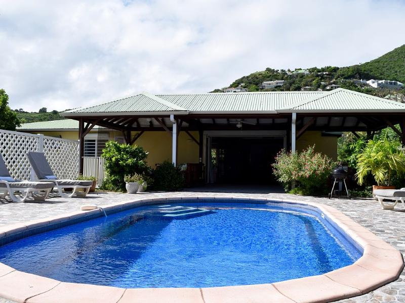A Well Located Villa for Your Family and Friends - Image 1 - Orient Bay - rentals