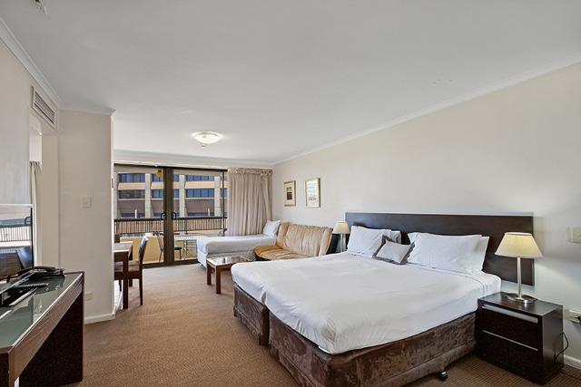 City Views-Sleek Studio - Image 1 - Sydney - rentals