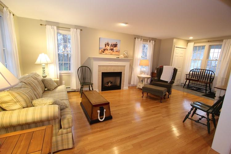 First Floor Sitting Room w/ Fireplace - 28 Chadwell Ave - Sandwich - rentals