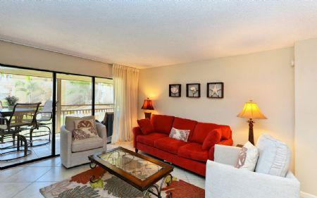 Living Room - Chinaberry 426 - Siesta Key - rentals