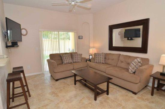 Luxury 4 Bedroom 3 Bathroom Town Home in Regal Palms Resort and Spa. 345LMS - Image 1 - Orlando - rentals