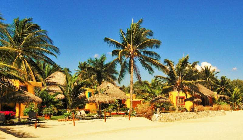 Boutique Beach Resort - Image 1 - La Cruz de Huanacaxtle - rentals