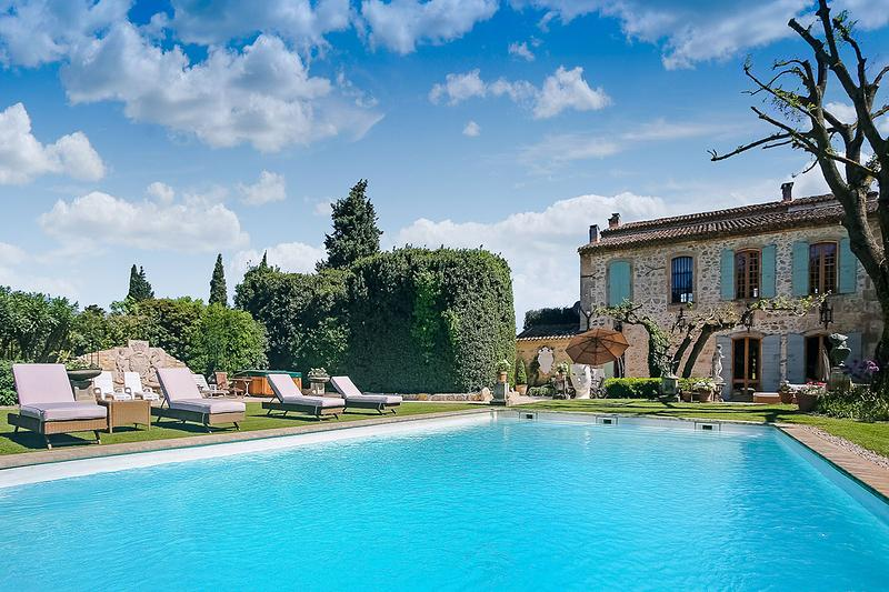 La Belle de Tarascon, Sleeps 12 - Image 1 - Provence - rentals