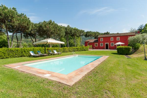Former olive press with fully equipped kitchen, al- fresco dining. CSL FRA - Image 1 - Lucca - rentals