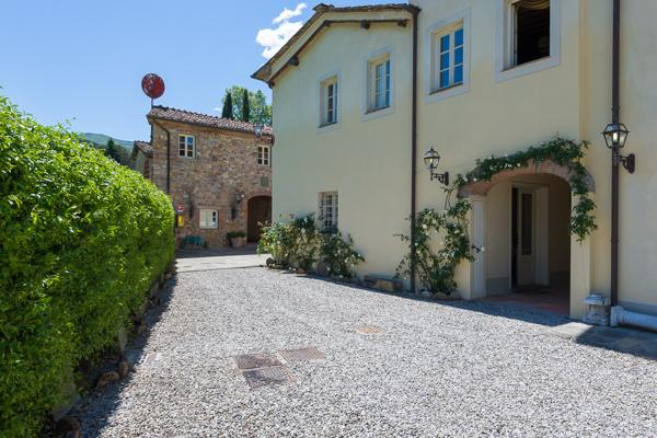 Gently tucked amid the hills of Lucca, this Tuscan retreat is grand but not overwhelming. CSL BOR - Image 1 - Lucca - rentals