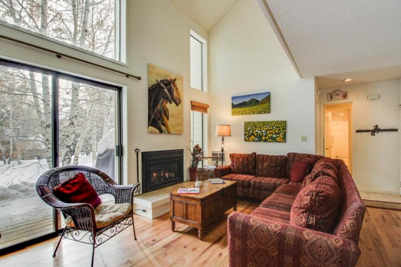 A shared pool & hot tub, ski-in/ski-out from the base of the Elkhorn lift! - Image 1 - Sun Valley - rentals