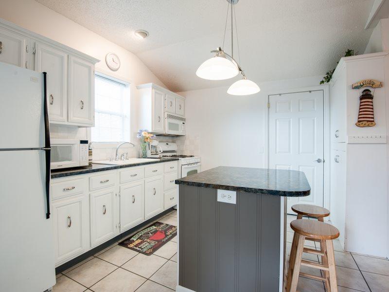 224 Van Buren - Sweet Retreat - Image 1 - South Haven - rentals