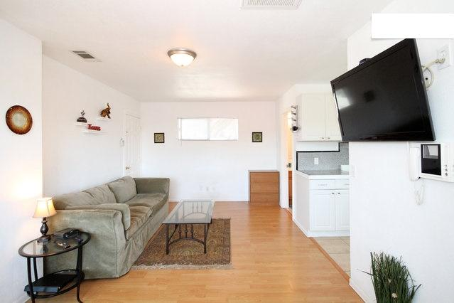 Studio quiet, private by Gaslamp, Convention, Zoo - Image 1 - Pacific Beach - rentals
