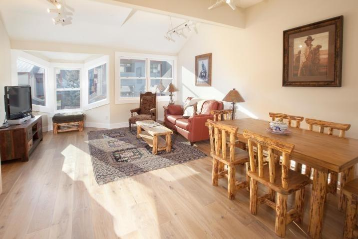 Open Concept Kitchen, dining and living area - West Willow 5 - 2 Bd + Loft / 2 Ba Condo - Sleeps 6 - Remodeled and Located Near the Base of Lift 7 - Great Summer or Winter Location! - Telluride - rentals