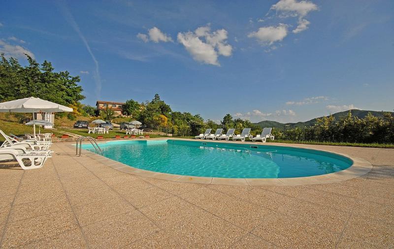 Villa Ciranda A - Image 1 - Gubbio - rentals