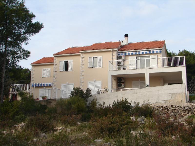 house - 001SUMA Crveni(2+2) - Sumartin - Sumartin - rentals