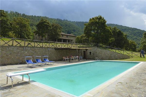 6 bedroom Villa in Monterchi, Tuscany, Italy : ref 2300962 - Image 1 - Monterchi - rentals