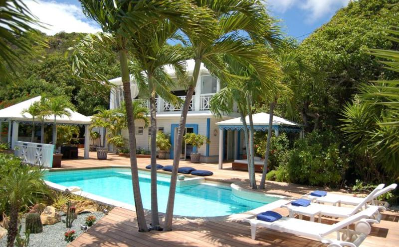 Green Cay - Ideal for Couples and Families, Beautiful Pool and Beach - Image 1 - Marigot - rentals