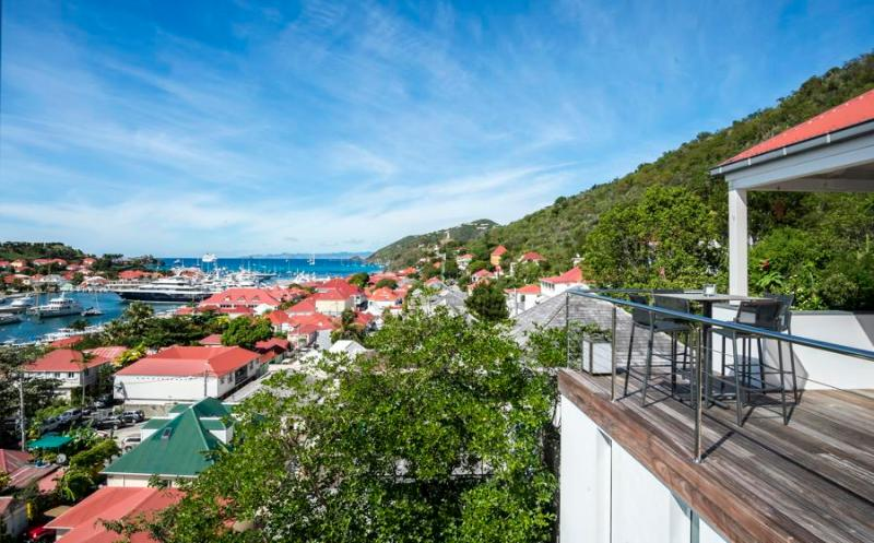 3 Bedoom Located in the Centre of Gustavia, walking distance to the beach! - Image 1 - Gustavia - rentals