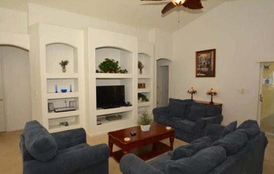 Spacious 3 Bedroom 2 Bath Pool Home 10 minutes from Disney. 15405BVD - Image 1 - Orlando - rentals