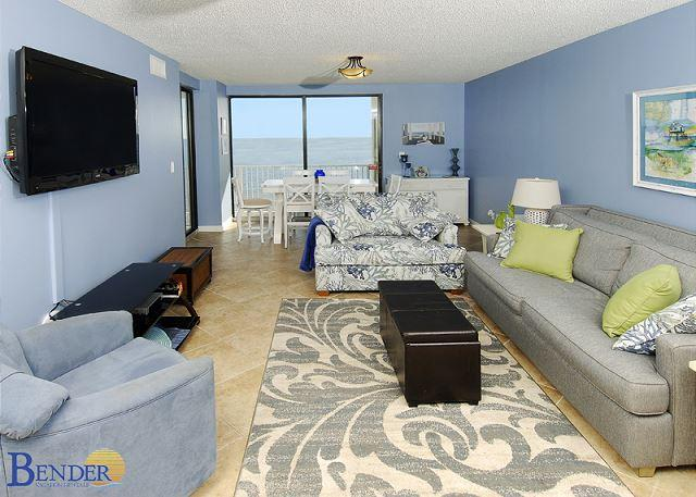 Living Room Area - Luxurious Beachfront Condo ~ Bender Vacation Rentals - Orange Beach - rentals