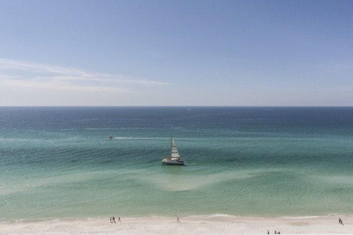 Beautiful Views from our spacious balcony. - 1301 Ocean Ritz - Panama City Beach - rentals