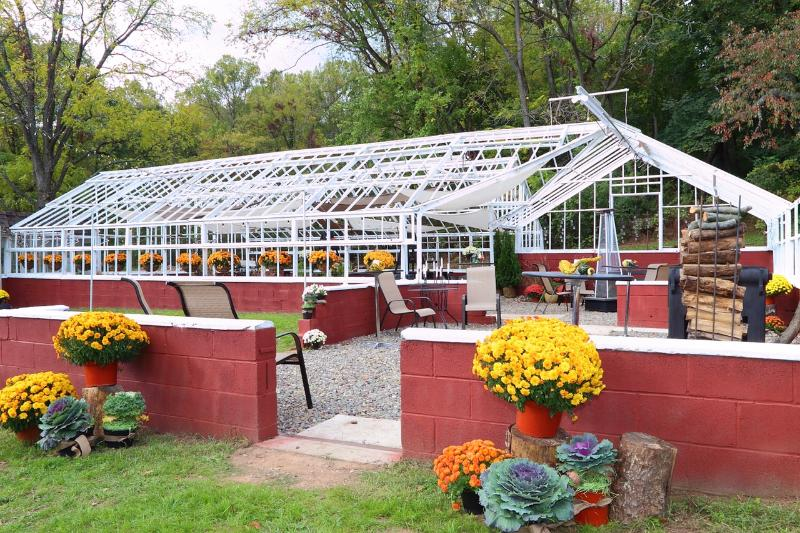 Renovated greenhouse on property available for use. - Reduced Rates for Winter  Dates! - Adamstown - rentals