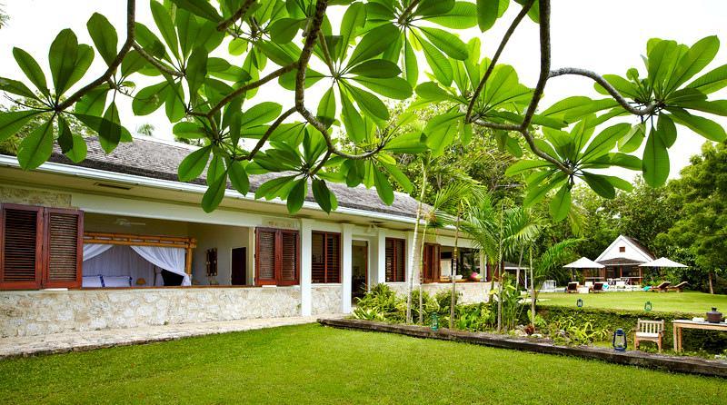Legendary Villa, Chef & Butler, Private Swimming Pool, Private Beach Area - Image 1 - Oracabessa - rentals