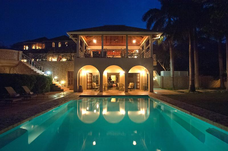 Jus' Paradise Golf Villa in Rose Hall - Ideal for Couples and Families, Beautiful Pool and Beach - Image 1 - Ironshore - rentals
