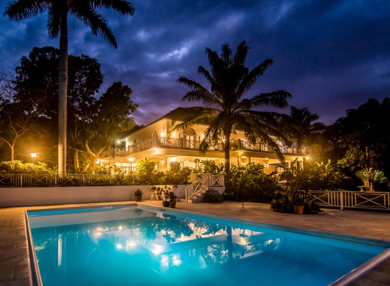 Ideal for Families, Cook & Butler, Private Pool & Tennis Court, Tryall Resort Membership Incl. - Image 1 - Montego Bay - rentals