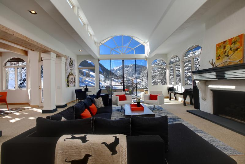 Sun drenched ski in/ski out Aspen Home - Image 1 - Aspen - rentals