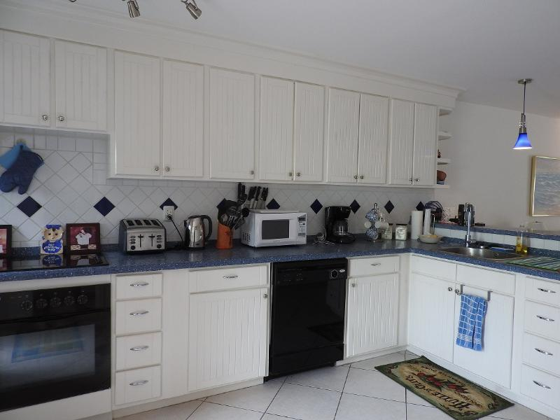 Kitchen - Villa 244C- South Finger, Jolly Harbour - Jolly Harbour - rentals