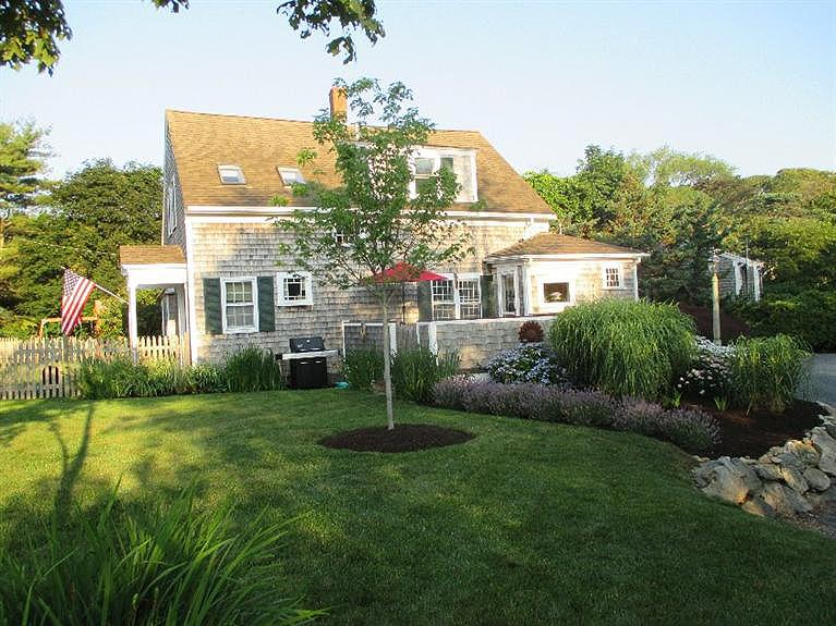 Front and side - Harwich Cape Cod Vacation Rental (10592) - Harwich - rentals
