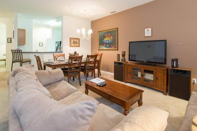 OAKWATER (7522BW) - SPACIOUS 3BR 2.5BA townhome, gated Resort, close Disney - Image 1 - Kissimmee - rentals