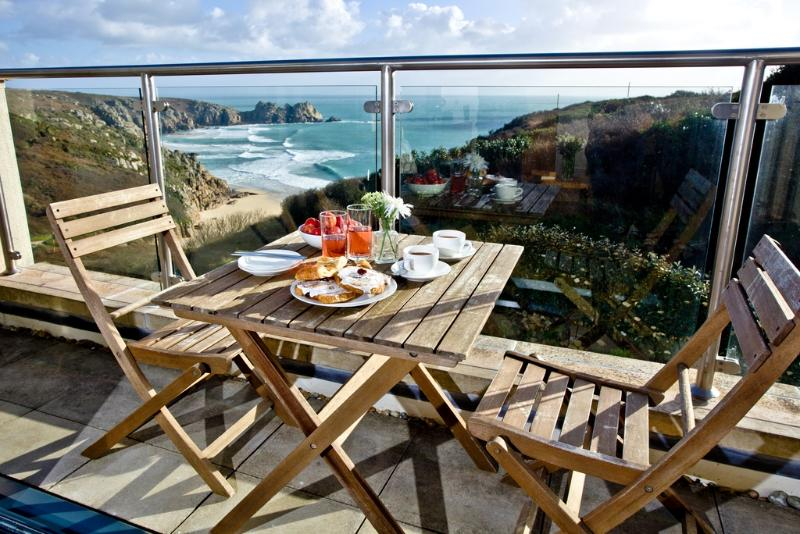 Cove View, Porthcurno located in Porthcurno, Cornwall - Image 1 - Penzance - rentals