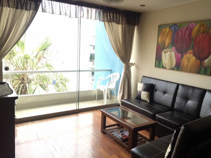 Miraflores 1850 sqft Furnished apartment Laundry - Image 1 - Lima - rentals