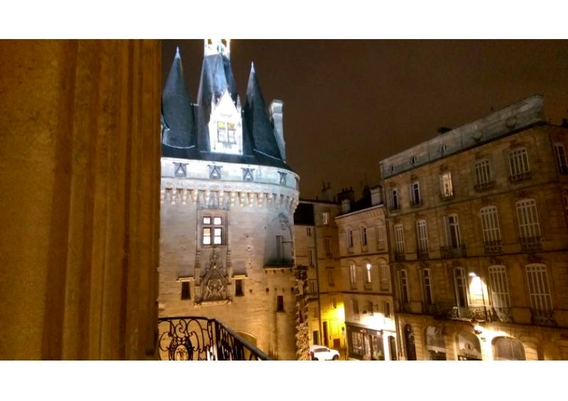 "Magic view of ""Porte Cailhau from the balcony - MAGIC FLAT HYPER CENTRE - Bordeaux - rentals"