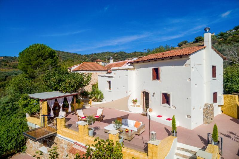 Luxury Romance Rpivate villa in Chania - Image 1 - Keramiai - rentals