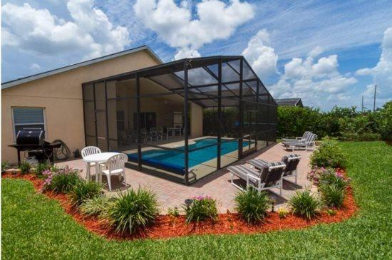 4 Bedroom 3 Bath Pool Home with Games Room. 304OBC - Image 1 - Orlando - rentals