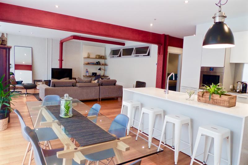 Bohemian Chic IPNO Luxury Apartments Collingwood - Image 1 - Melbourne - rentals