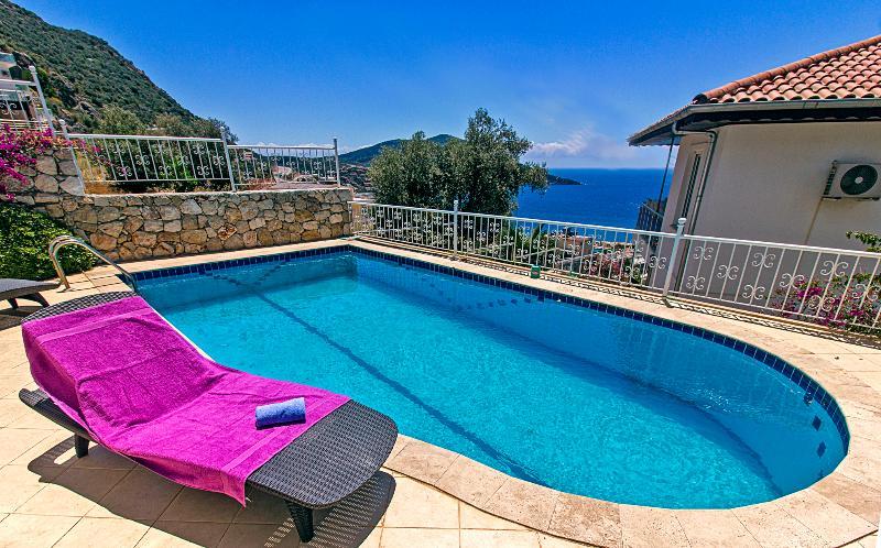 4 bedrooms villa leo in kalkan - Image 1 - Kalkan - rentals