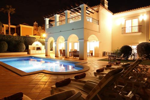 Villa Pine Trees - Image 1 - Algarve - rentals