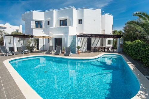 Villa Esmeralda - Image 1 - Cala Serena - rentals