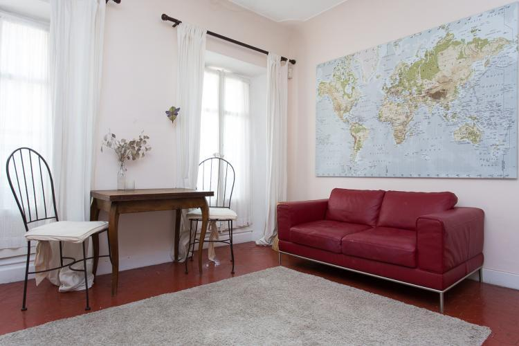 Siesta 1 Bedroom Apartment with a Terrace, in a Great Location - Image 1 - Cannes - rentals