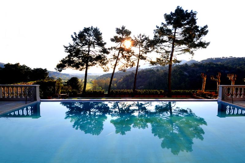 Villa Casanova, Sleeps 28 - Image 1 - Lucca - rentals