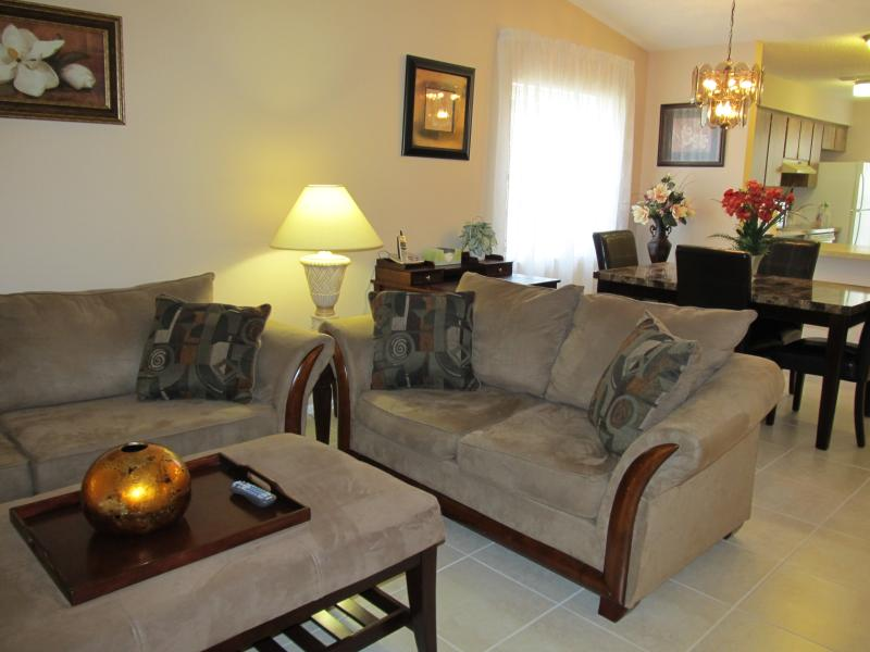 Home away from Home - Image 1 - Spring Hill - rentals