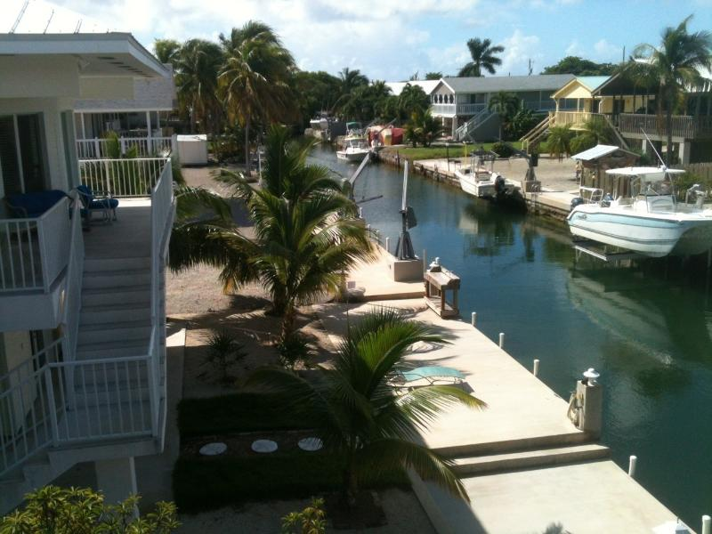 Dock side of home - Snowscape - U will want to stay forever! 3/2 CLEAN - Ramrod Key - rentals