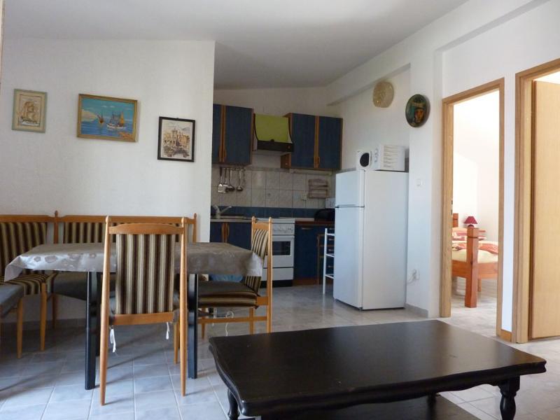Apartments Cajner Pag - Ap1 (A4+2) - Image 1 - Pag - rentals