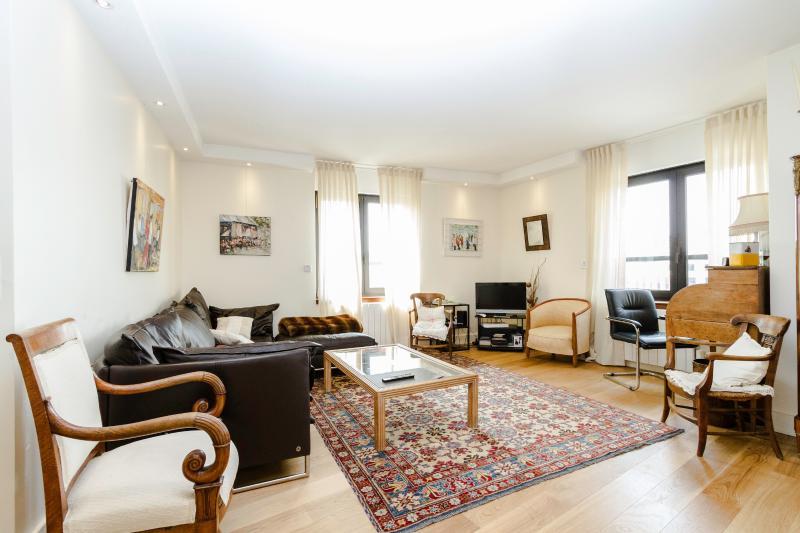 Living room - High Quality 2 BR, 2BA for 4, Montparnasse - P14 - Paris - rentals