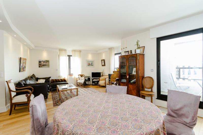 Living room - High Quality 2 BR, 2BA for 5, Montparnasse - P14 - Paris - rentals